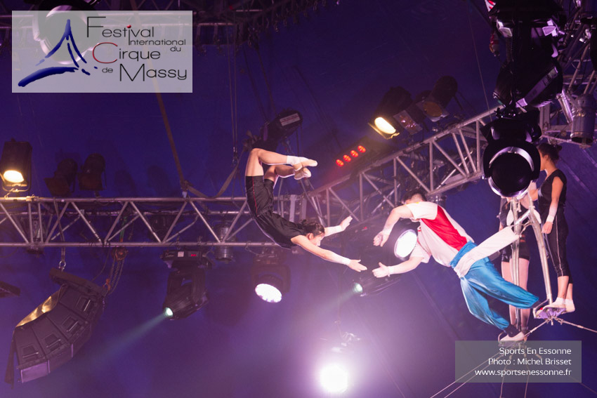 M60118A0095 - Répétition des Flying Girls