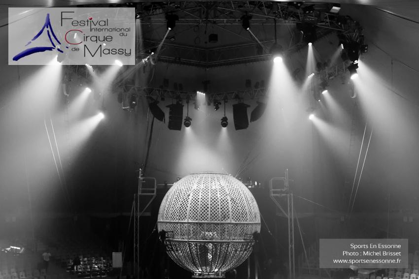M60119A0633 - Le Globe Infernal - Les Diorios