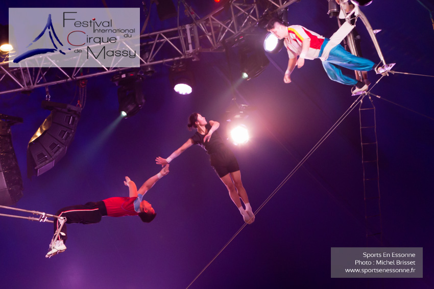 M60120A1222 - Trapèze Volant - the Flying Girls