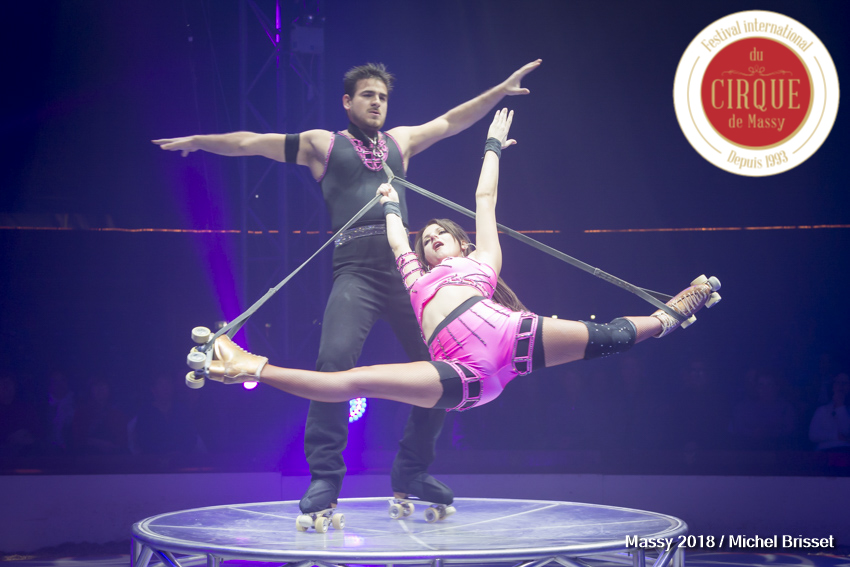 MB180111A0610-Duo Rolla - Roller acrobatique - France