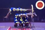 MB180112A1602-Troupe African Dream Circus - A travers les cerceaux – Éthiopie