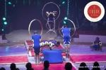 MB180114A2759-Troupe African Dream Circus - A travers les cerceaux – Éthiopie