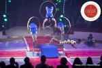 MB180114A2762-Troupe African Dream Circus - A travers les cerceaux – Éthiopie