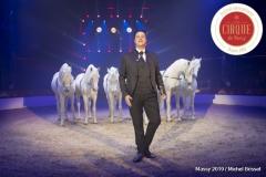 MB190110A1971-Louis KNIE - Carrousel équestre et chevaux en liberté