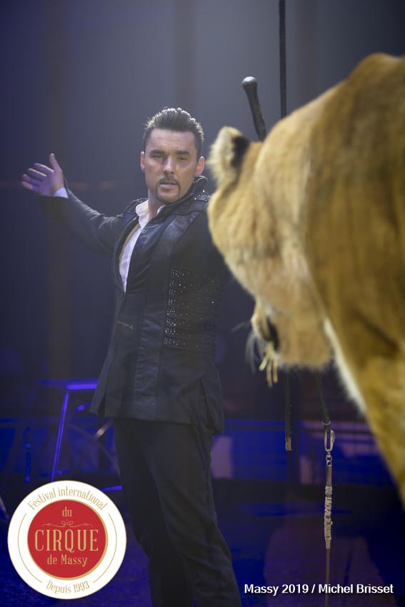 MB190110A0827-Tom DIECK JR - Lions & Tigres