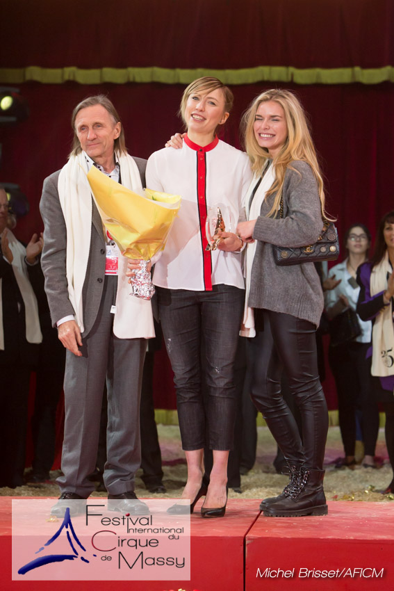 MB170115A2526 - Piste d'Or (Visuel) - Anastasia Makeeva